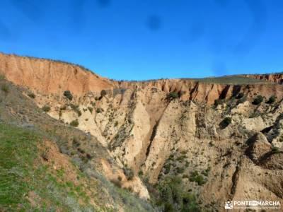 Cárcavas Alpedrete de la Sierra y Cerro Negro; parque natural de izki senderismo puente diciembre v